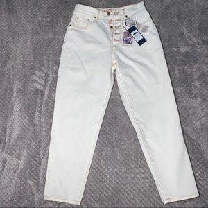 Zendaya x Tommy Hilfiger High Waisted Jeans 💘